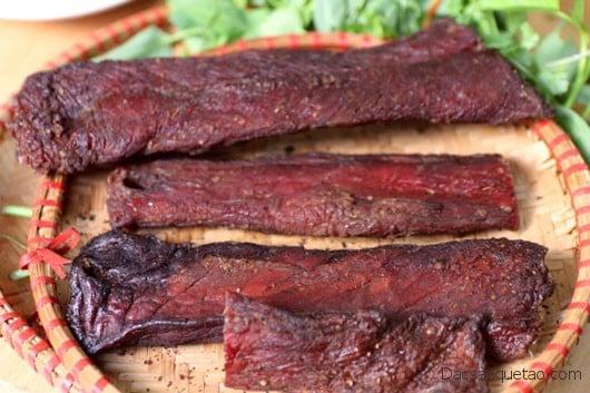 Thịt khô gác bếp - Đặc sản Tây Bắc