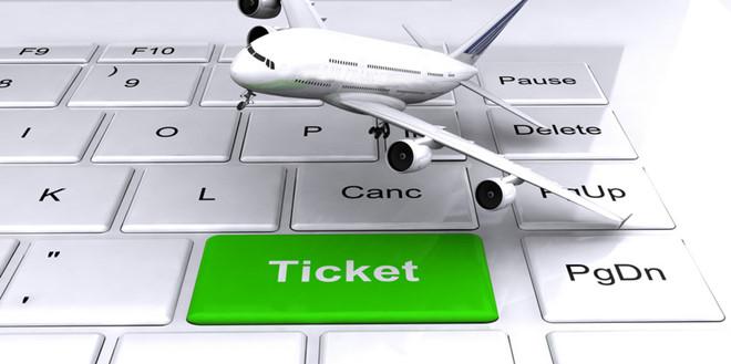 Bí kíp tiết kiệm bộn tiền khi đi du lịch - Không đặt vé máy bay quá sớm