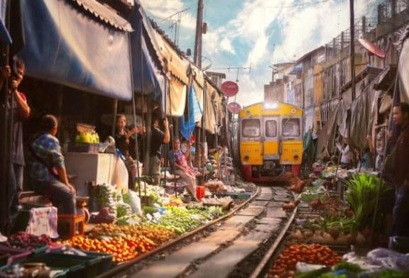 Chợ đường sắt Maeklong – Khu chợ cảm giác mạnh ở Thái Lan