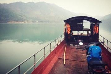"""Đắm chìm với cung đường lên Mộc Châu bằng xe máy – """"Chất như nước cất"""""""