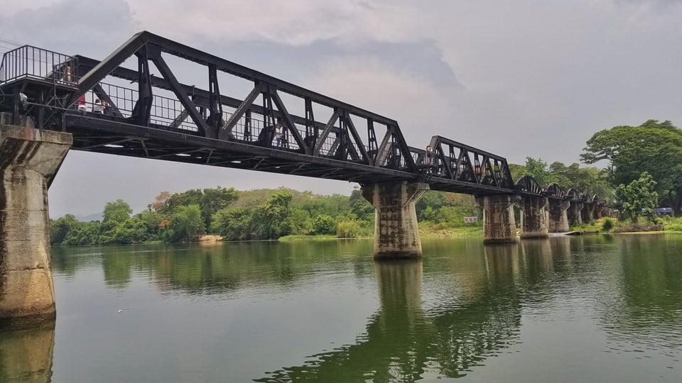 Thăm cây cầu trên sông Kwai