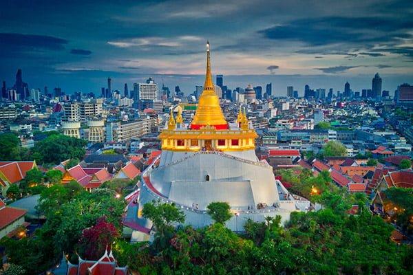 đền Wat Saket ( Ngôi đền trên núi )