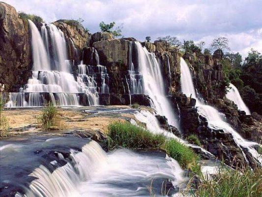 Đà Lạt nơi có những thác nước đẹp tuyệt ( ảnh sưu tầm )