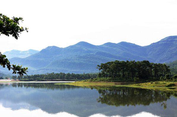 4 địa điểm phượt được ưa thích nhất ở Quảng Ninh