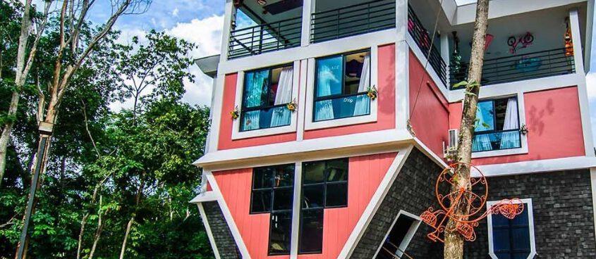 Ngôi nhà úp ngược độc đáo ở Phuket ( ảnh sưu tầm internet)