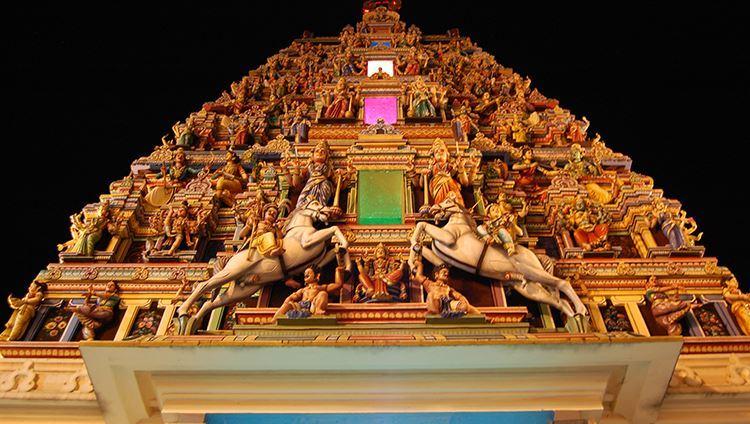 Hình ảnh tháp tháp Gopuram (ảnh sưu tầm)