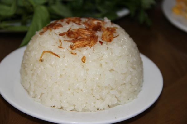 Xôi nếp gà gáy thơn dẻo đặc sản Yên Lập- Phú Thọ (ảnh sưu tầm)