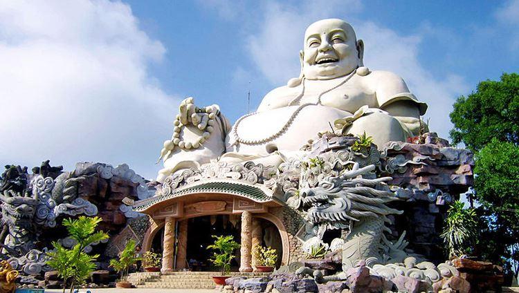Tượng Phật lớn Di Lặc trên núi (ảnh sưu tầm)
