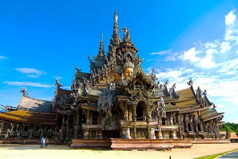 đền Chân Lý