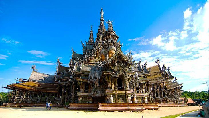 Ngôi đền chân lí đồ sộ , tuyệt đẹp (ảnh sưu tầm)