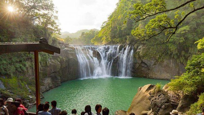 Thác nước Shifen đẹp tuyệt (ảnh internet)