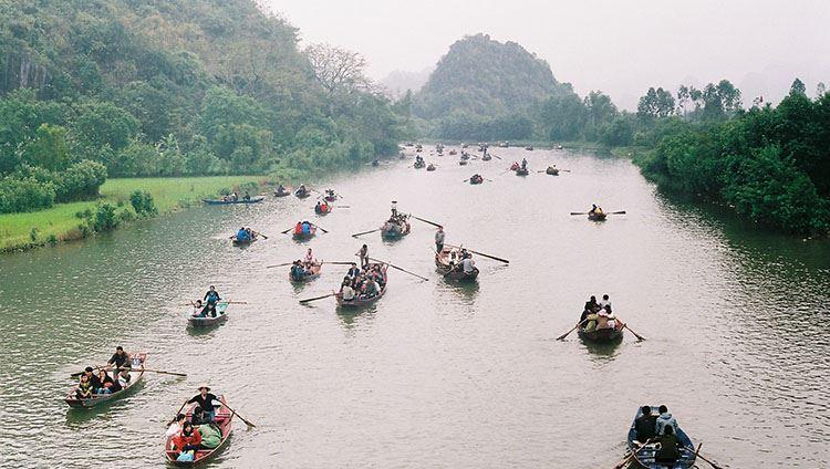 Tham quan Chùa Hương
