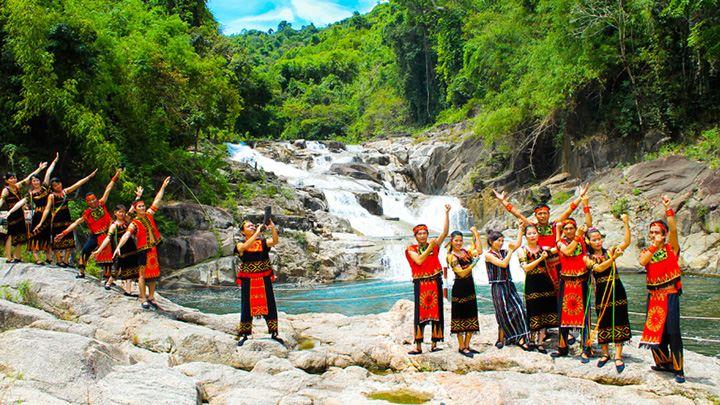 Khám phá vẻ xinh đẹp của công viên Yang Bay Nha Trang