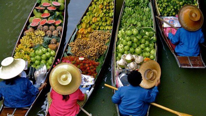 Thuyền trái cây hấp dẫn tại chợ nổi (ảnh sưu tầm)