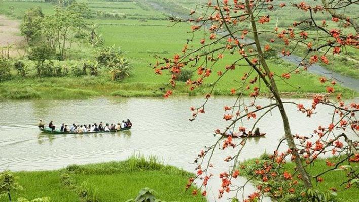 Vẻ đẹp thơ mộng hai bên bờ suối Yến (ảnh internet)