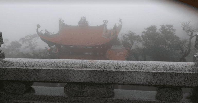 Chùa thượng nhìn từ xa (ảnh Phong Lan)