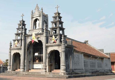 Nhà thờ đá (ảnh inter net)
