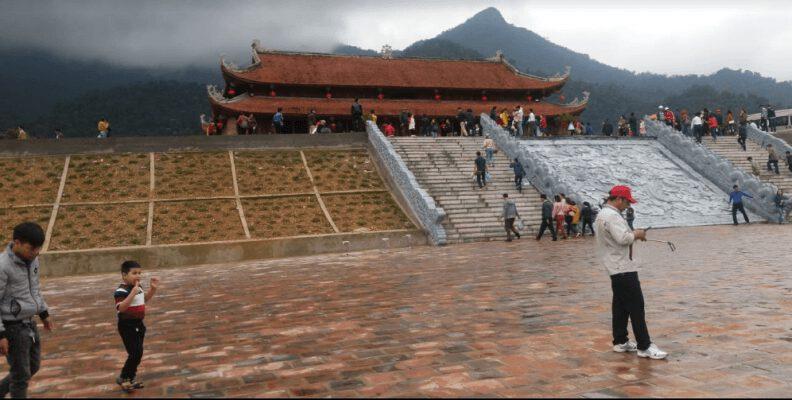 Chùa Hạ ở Tây yên Tử (ảnh Phong Lan)