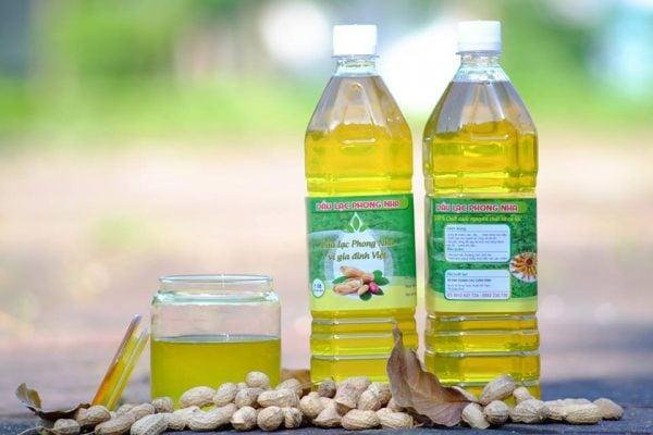 Đặc sản dầu lạc Quảng Bình (ảnh internet)