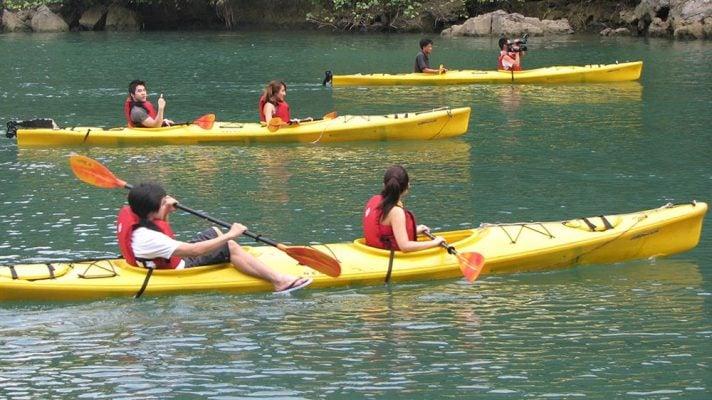 Đi thuyền Kayak (ảnh internet)