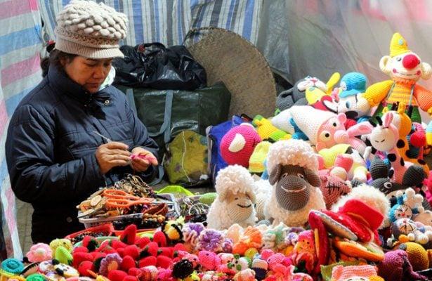 Đồ len lưu niệm tại chợ đêm Đa Lạt (ảnh internet)