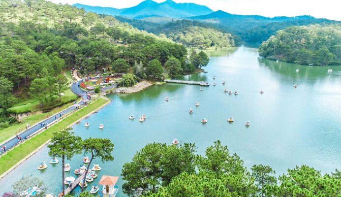 Hồ Đa Thiện đẹp thơ mộng (ảnh internet)