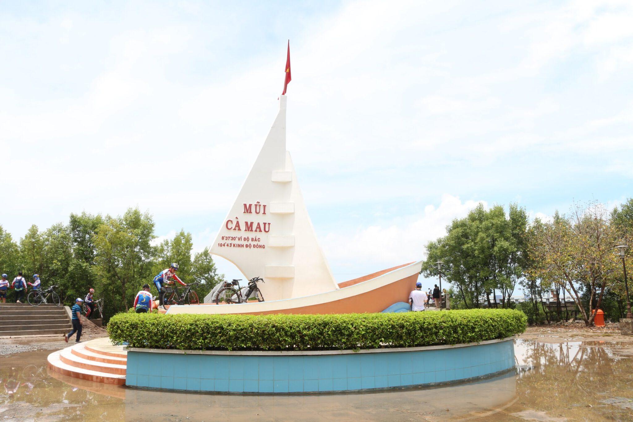 Hành trình phá đảo nơi tận cùng của Tổ quốc