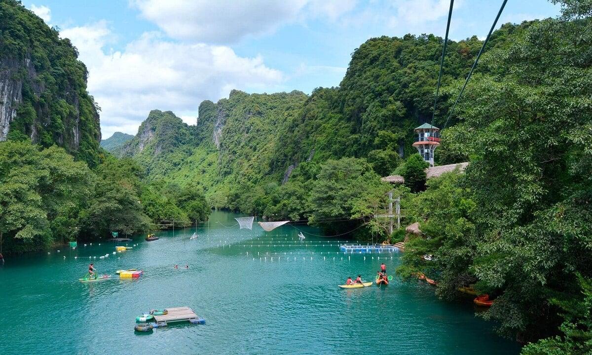 """Sông Chày – Hang Tối điểm du lịch """"độc và lạ"""""""