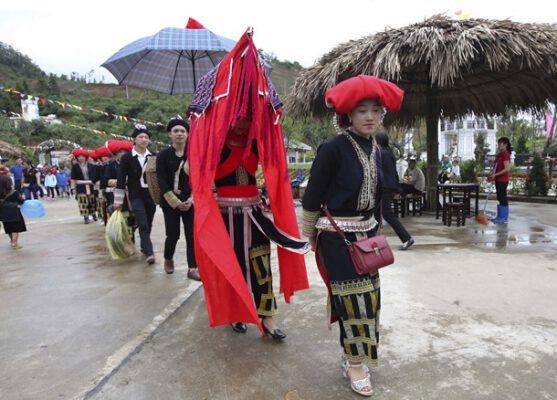 Tái hiện đám cưới người Dao ( ảnh internet)