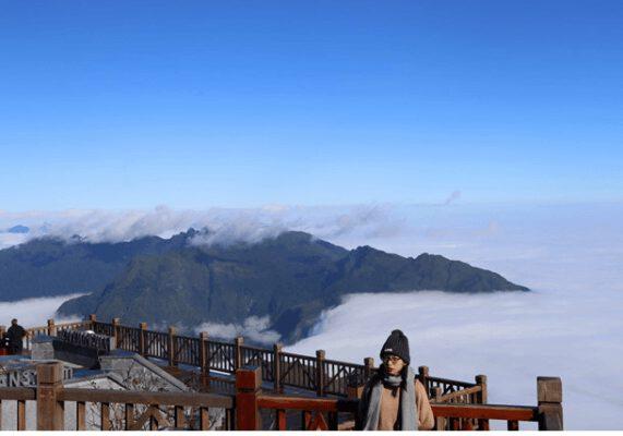 Lạc vào mây trời fansipan (ảnh internet)