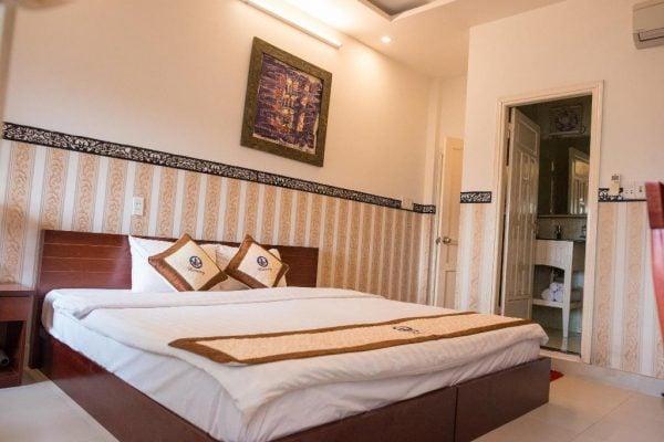 Phòng giường đôi có ban công ở Ngô Homestay Hội An