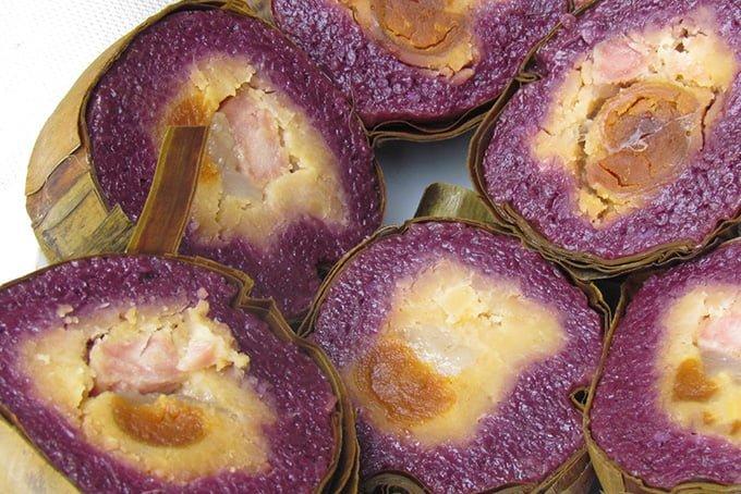 Bánh tét lá cẩm ngon và đẹp mắt (ảnh sưu tầm)
