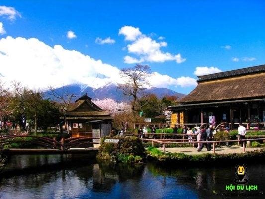 Ngôi làng Oshino Hakkai dưới chân núi Phú Sĩ đẹp như tranh vẽ (ảnh st)