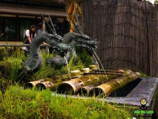 Ngôi làng Oshino Hakkai có nhiều đặc biệt (ảnh st)