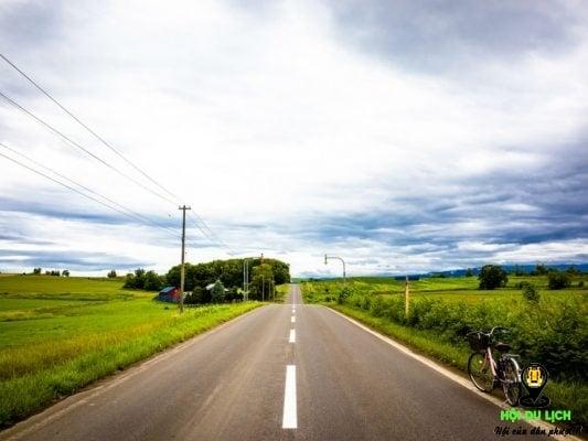 Bạn hãy chọn xe đạp dạo quanh ngôi làng Biei-Cho đẹp thanh bình (ảnh st)