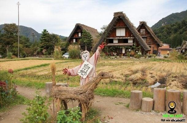 Ngôi làng yên bình khác lạ đẹp như mơ ở Nhật Bản