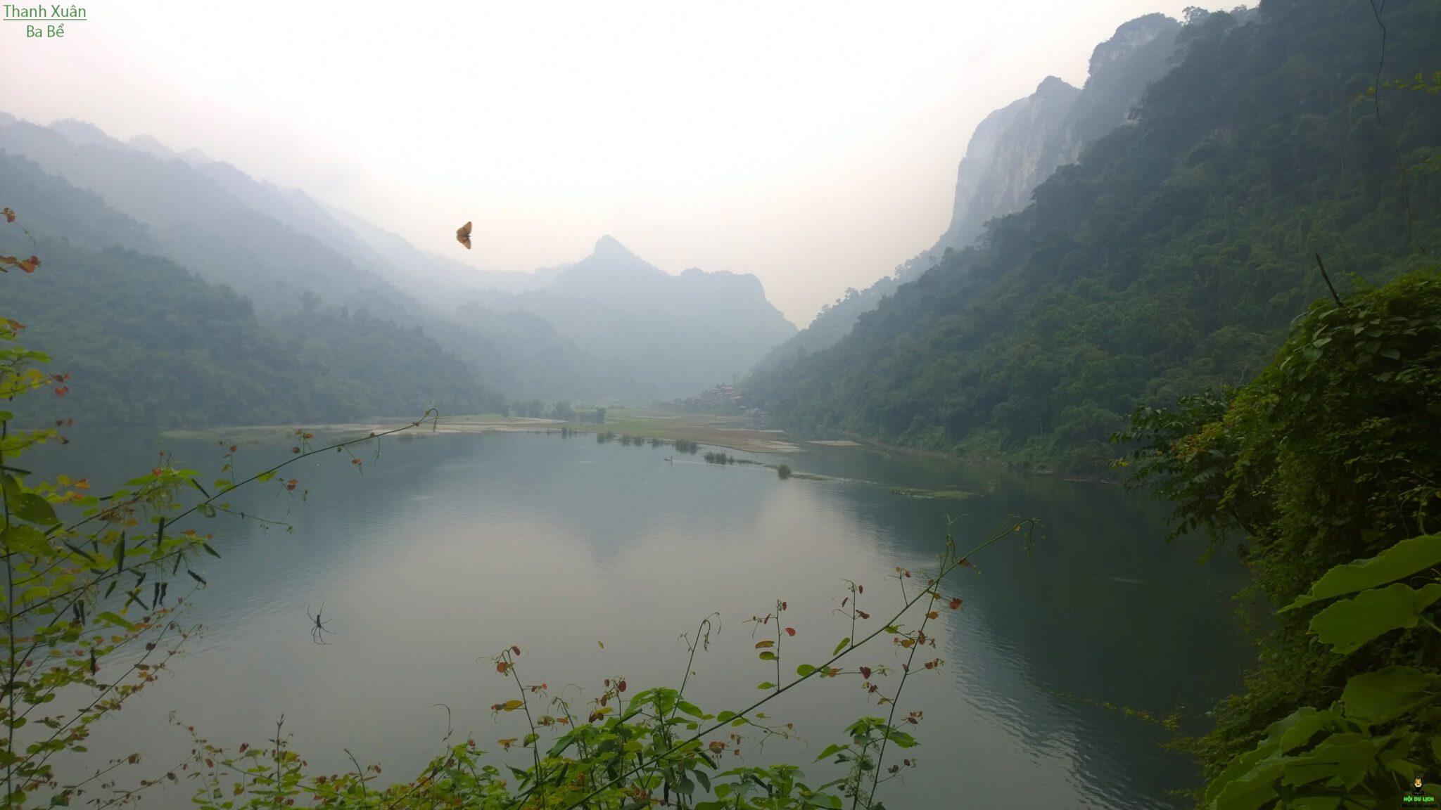 Thả trọn hồn mơ trên Hồ Ba Bể