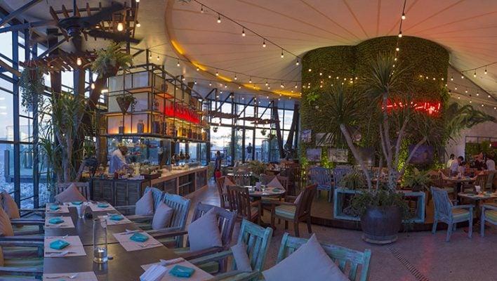 Không gian nhà hàng sang trọng, ấm cúng và đẹp (ảnh sưu tầm)