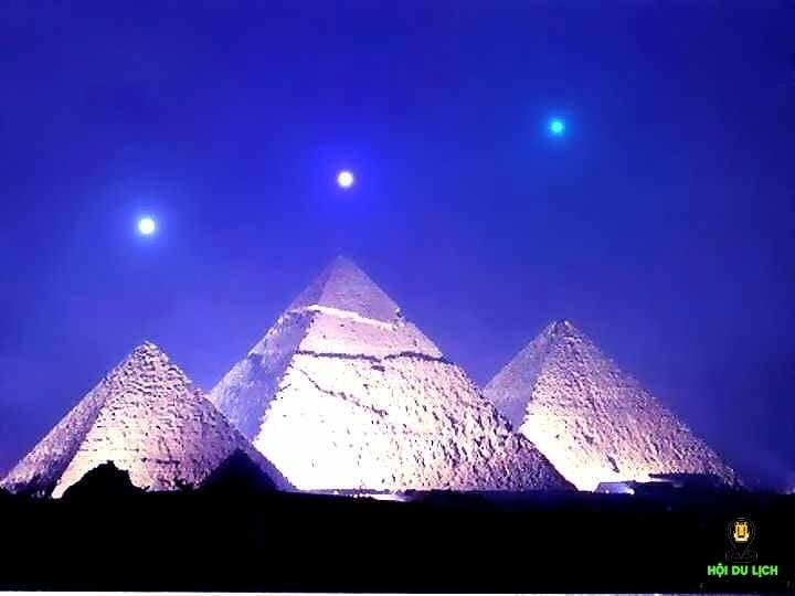 Ba kim tự tháp Khufu, Khafre và Menkaure