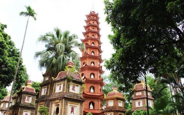 Chùa Trấn Quốc - ngôi chùa cổ nhất Hà Nội.