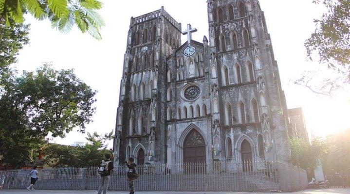Nhà thờ Lớn Hà Nội - sự giao lưu văn hóa Đông Tây.