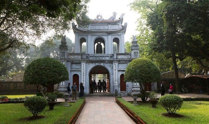 Văn Miếu Quốc Tử Giám - di tích lịch sử ở Hà Nội.