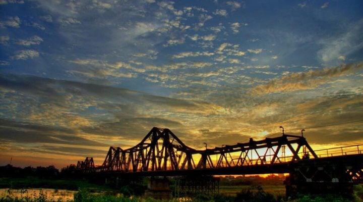 Cầu Long Biên - dấu ấn của Hà Thành cổ xưa.