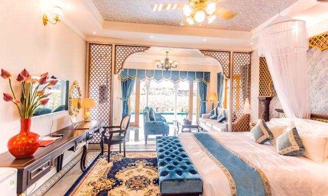 Phòng ngủ ở khu đảo hoa Phương Đông