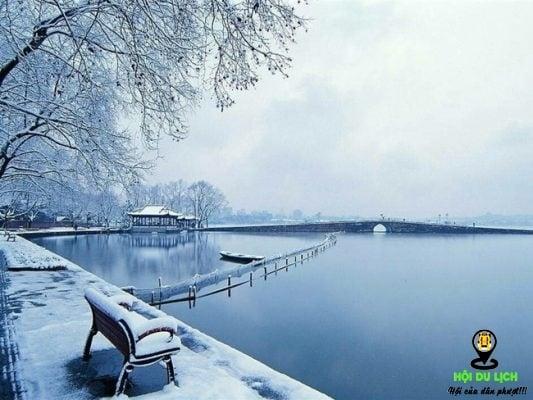Bức tranh Tây Hồ khi mùa đông về (ảnh sưu tầm)