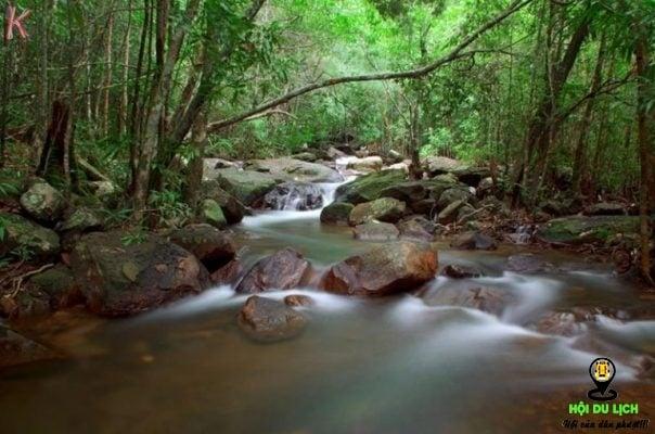 Suối Tranh ở Phú quốc đẹp tinh khôi và yên bình (ảnh sưu tầm)