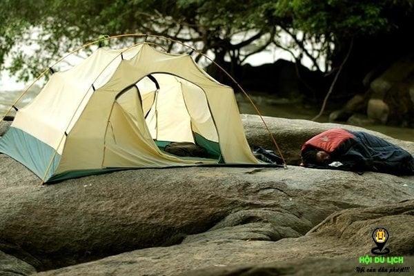 Cắm trại ở suối Tranh (ảnh sưu tầm)