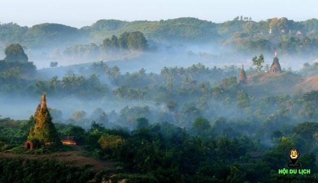 Thành phố Mrauk U đẹp mờ ảo trong sương (ảnh sưu tầm)