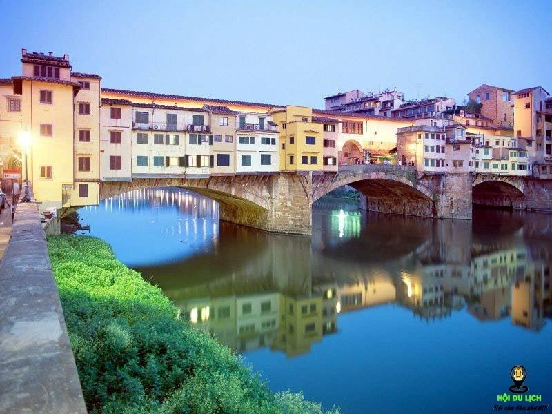 Cầu Ponte Vecchio - những cây cầu đẹp nhất thế giới
