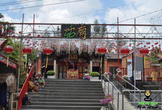 Ngôi đền Rắn bí ẩn ở Malaysia